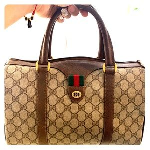 Authentic Gucci Doctor Bag, clean corners